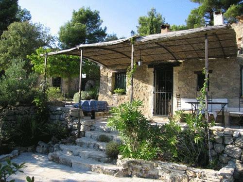 Provence S Eco Retreat Eco Adventurer