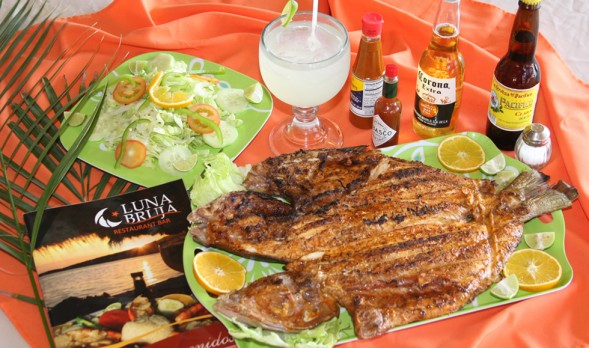Fresh fish at Luna Bruja (c) Baja.com