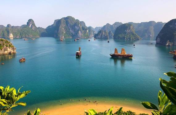 Vietnam Sightseeing with World Spree Tours