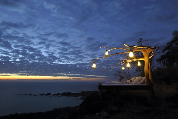 Enchanting Travels-Mozambique Tours-Lake Malawi-Nkwichi Lodge-Star bed